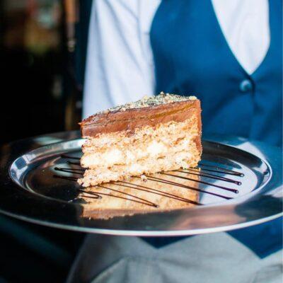 Некласичний Київський торт з маракуйєю