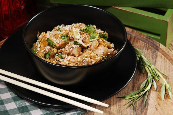 Смажений рис з куркою