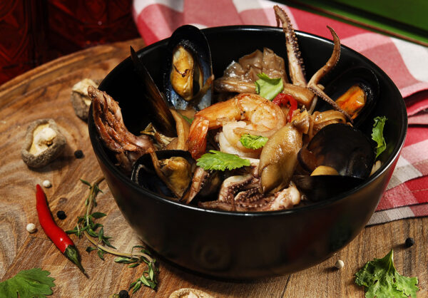 Рисова локшина з морепродуктами