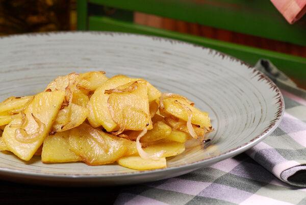 Картопля з цибулею у хрусткій скоринці