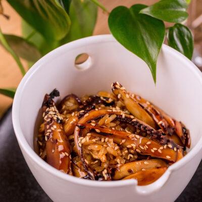 Тайський рис з кальмаром та соусом «Унагі»