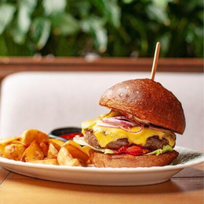 Чізбургер з яловичиною